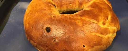 Roscón de Reyes casero  o bollo de leche para merendar sano ¡delicioso!
